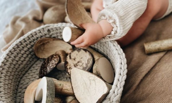 how to make a treasure basket for babies